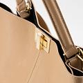 Noelle - Classic Grain - Hand bags - Brown - D85 - Gold