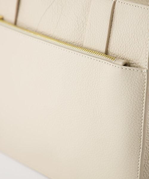 Amalia - Classic Grain - Hand bags - Beige - D37 - Gold