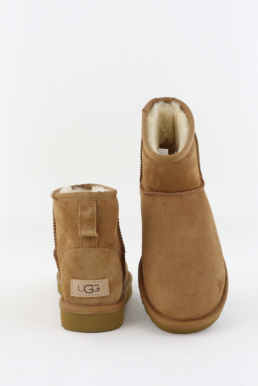 UGG UGG enkellaarsjes Classic Mini II 1104609 cognac