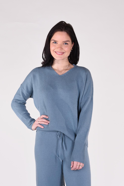 Lisa Yang trui Ines 202114 blauw