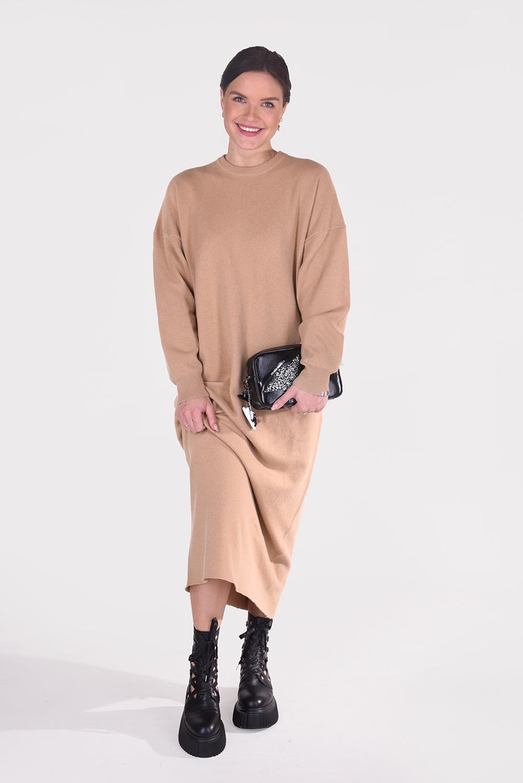 Extreme Cashmere jurk Weird 106 cognac