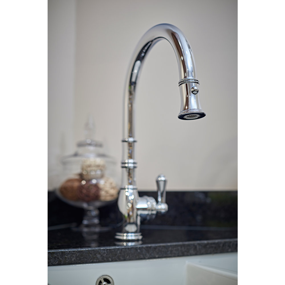 Perrin & Rowe Country Kitchen mixer Aquitaine E.4744 with pull-down rinse