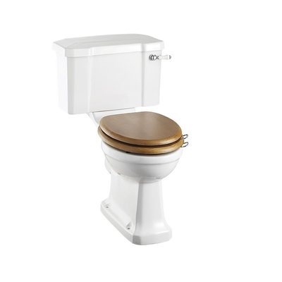 Close coupled rimless toilet