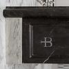 Lefroy Brooks Marble LB La Chapelle Black Marquina marmer console wastafel met cabriole poten LB-6335BK