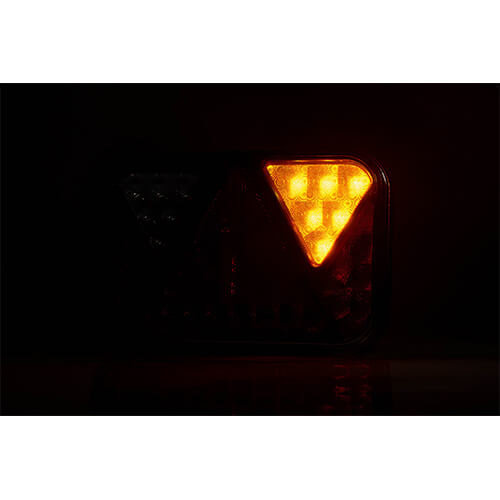 Rechts | LED achterlicht met achteruitrijlicht | 12v | 5PIN