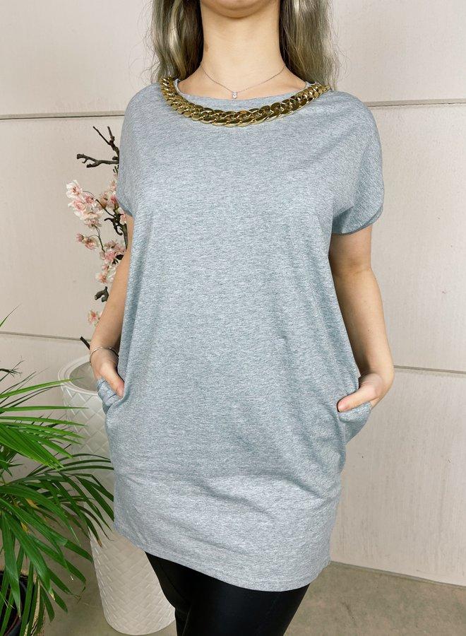 Lange t-shirt met ketting - grijs