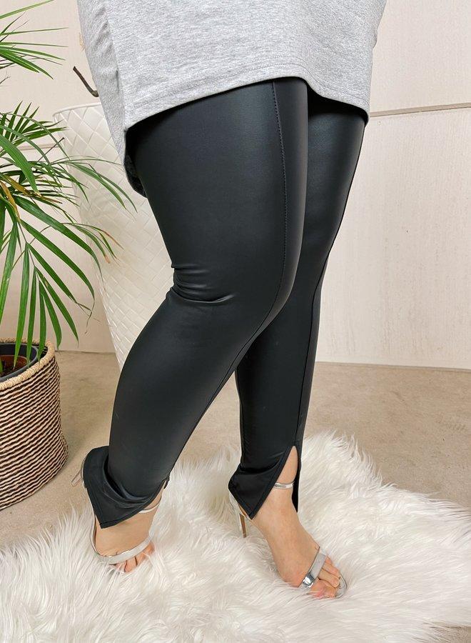 Leather look legging met split