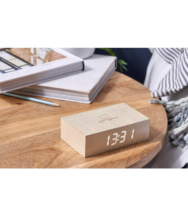 Gingko Flip Click Clock Maple LED Wit