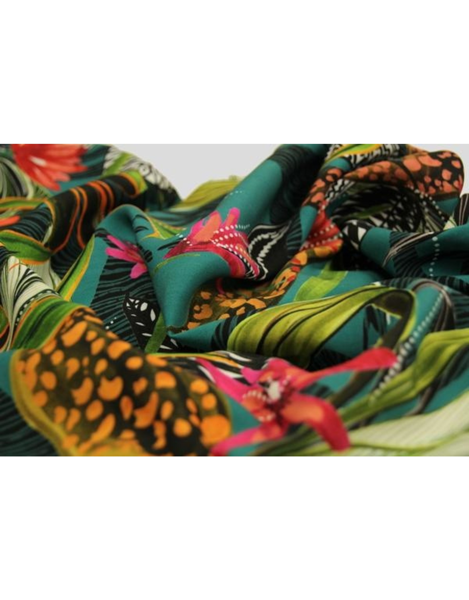 Atelier Jupe Turqouise viscose with tropical print COUPON 1.10m