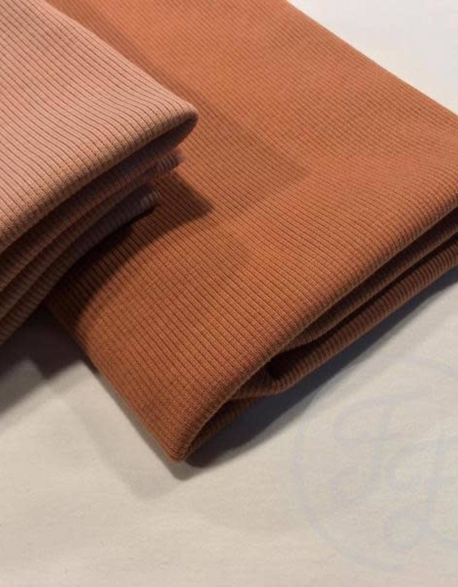 Family fabrics Pecan brown rib