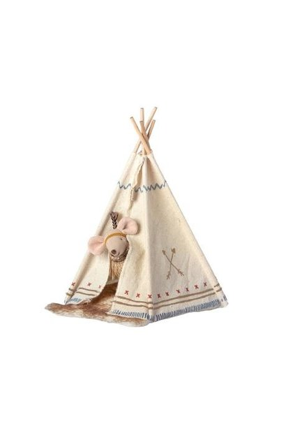Mailig - Tipi With Little Sister Mouse