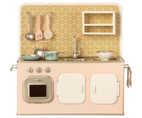 Retro Kitchen-1