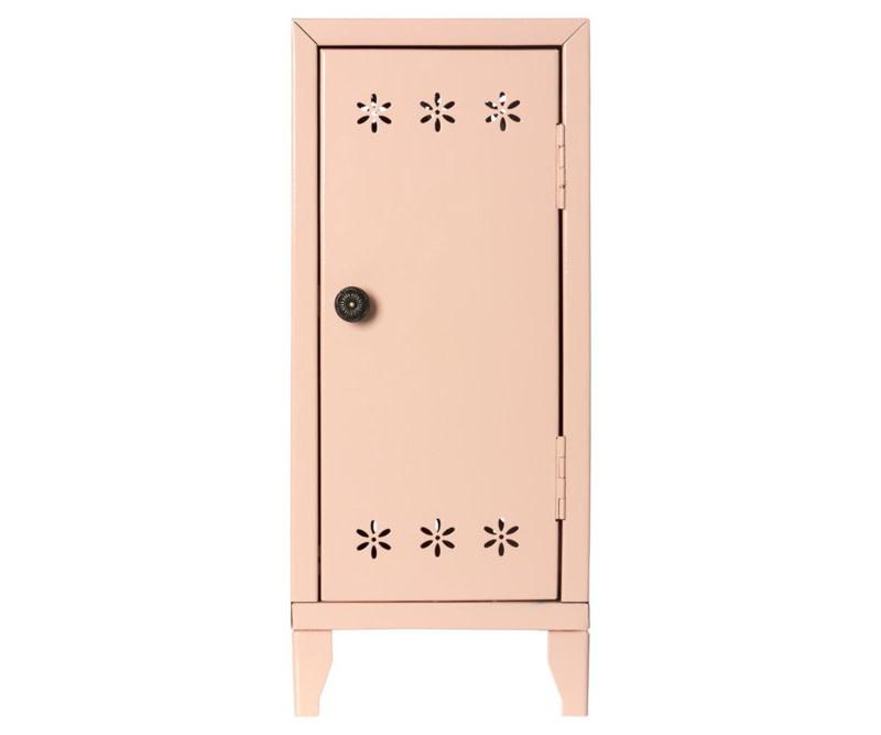 Locker w. Three Hangers, Pink-1