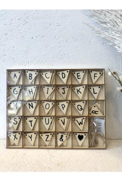 DHZ Vlag Met Letters & Symbolen