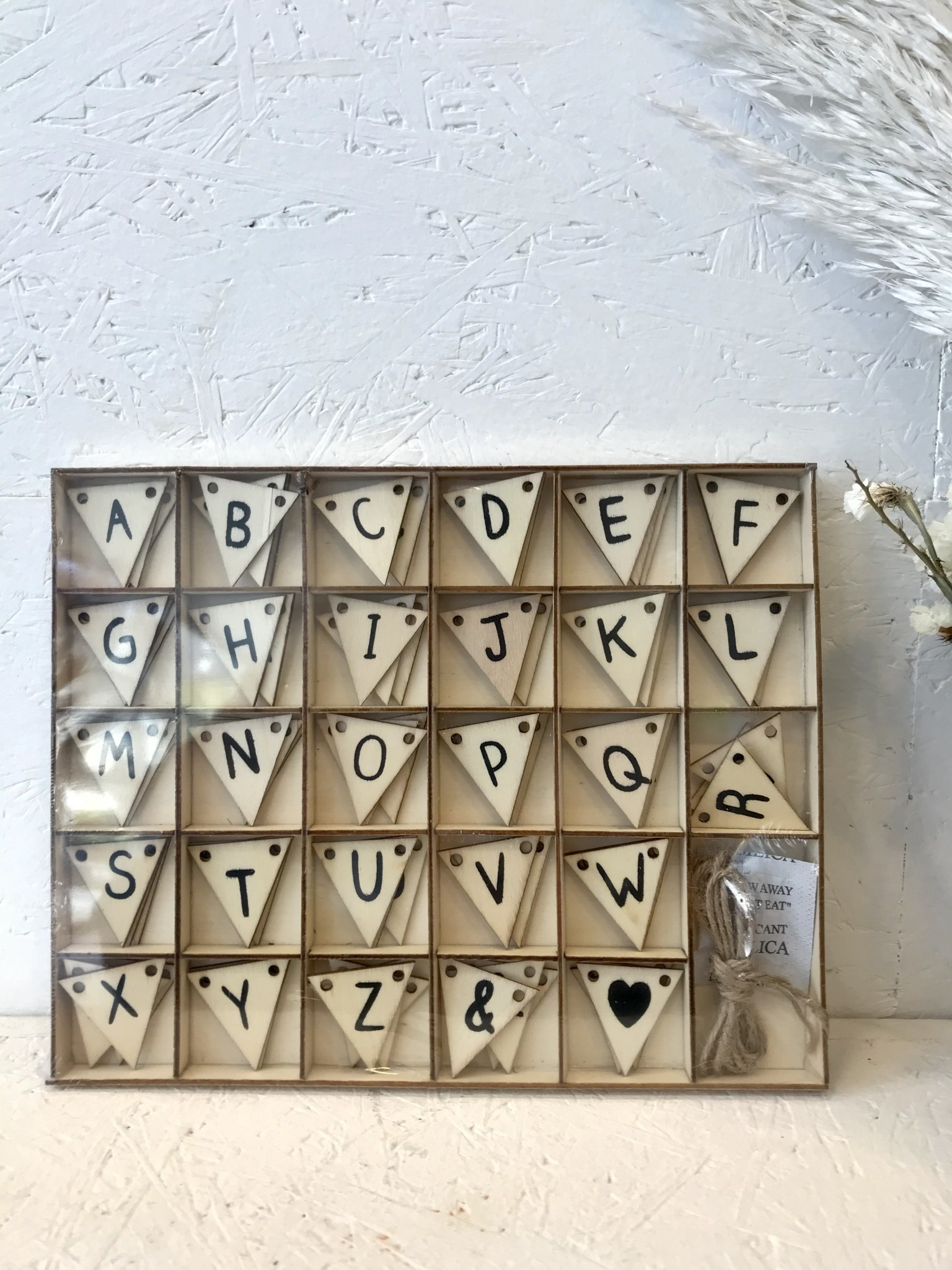 DHZ Vlag Met Letters & Symbolen-1