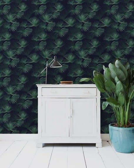 Behang op rol - Palm Leaves Dark Green-1