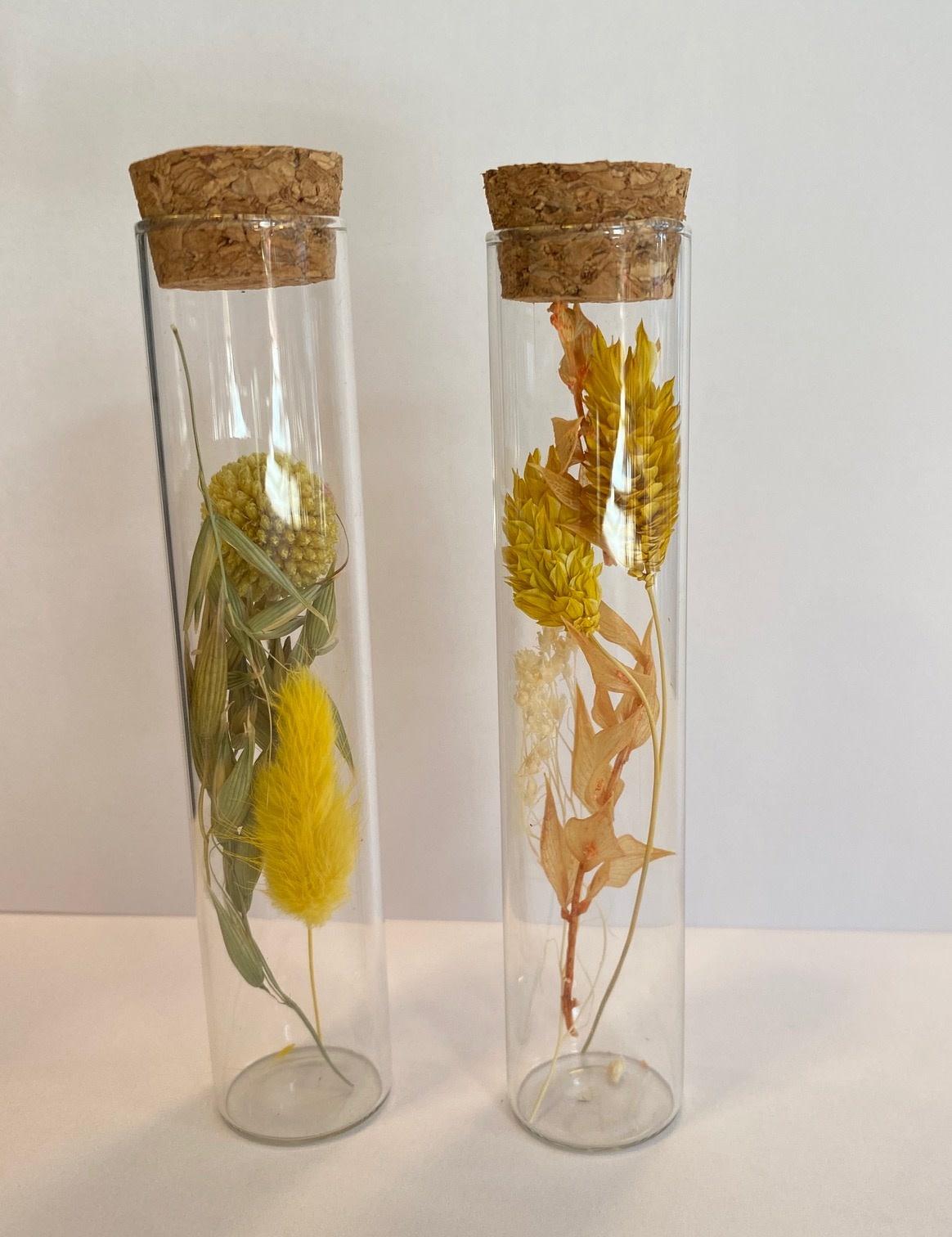 Bloemengeluk In Flesje Geel - Small-1