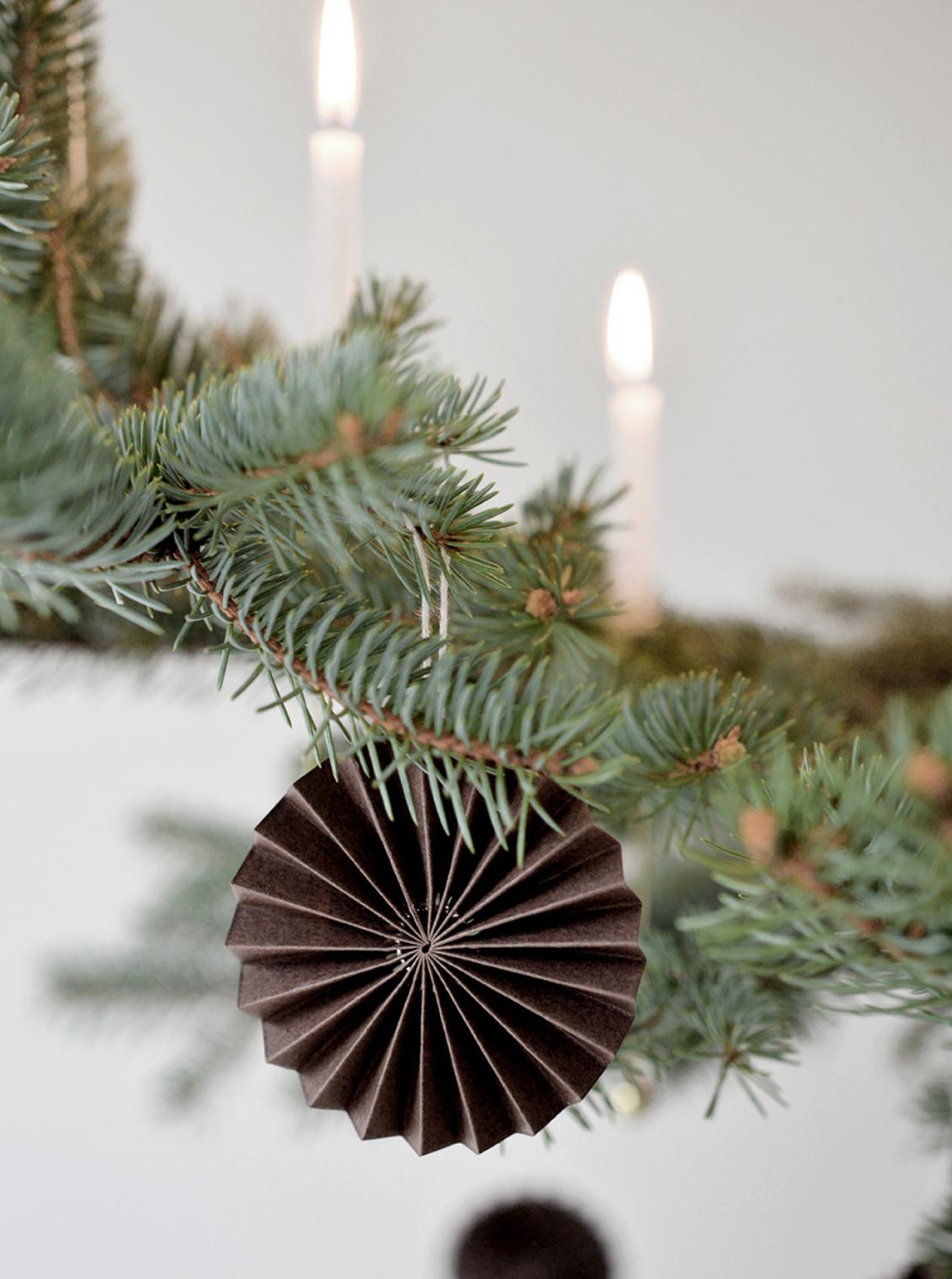 Papieren Ornament - Bruin - Delight Department-2