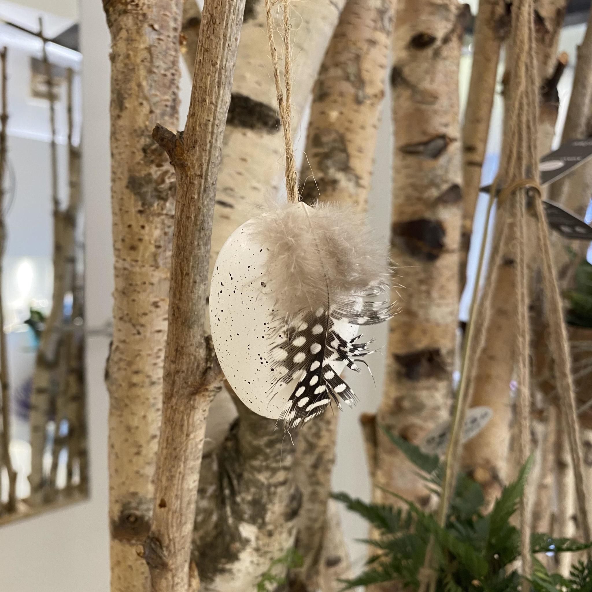 Gespikkeld Paasei met Veer - Atelier Olala-2