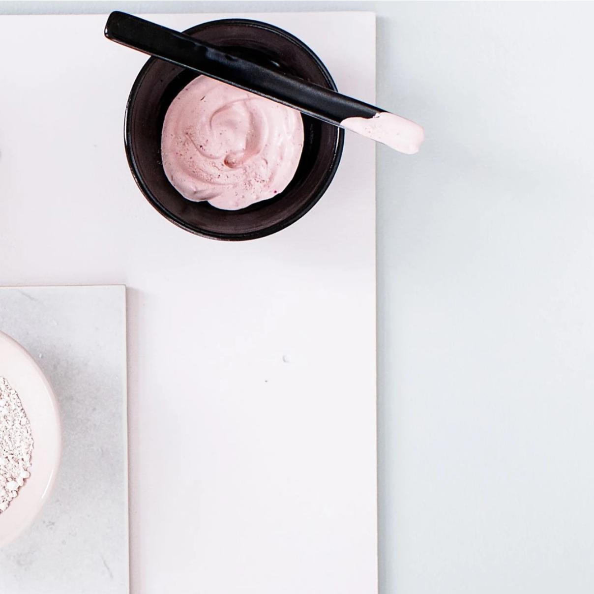 Strawberry Milk Mask -2 in 1- Flow Cosmetics-3