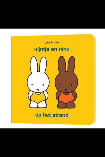 Boekje - Nijntje & Nina Op Het Strand