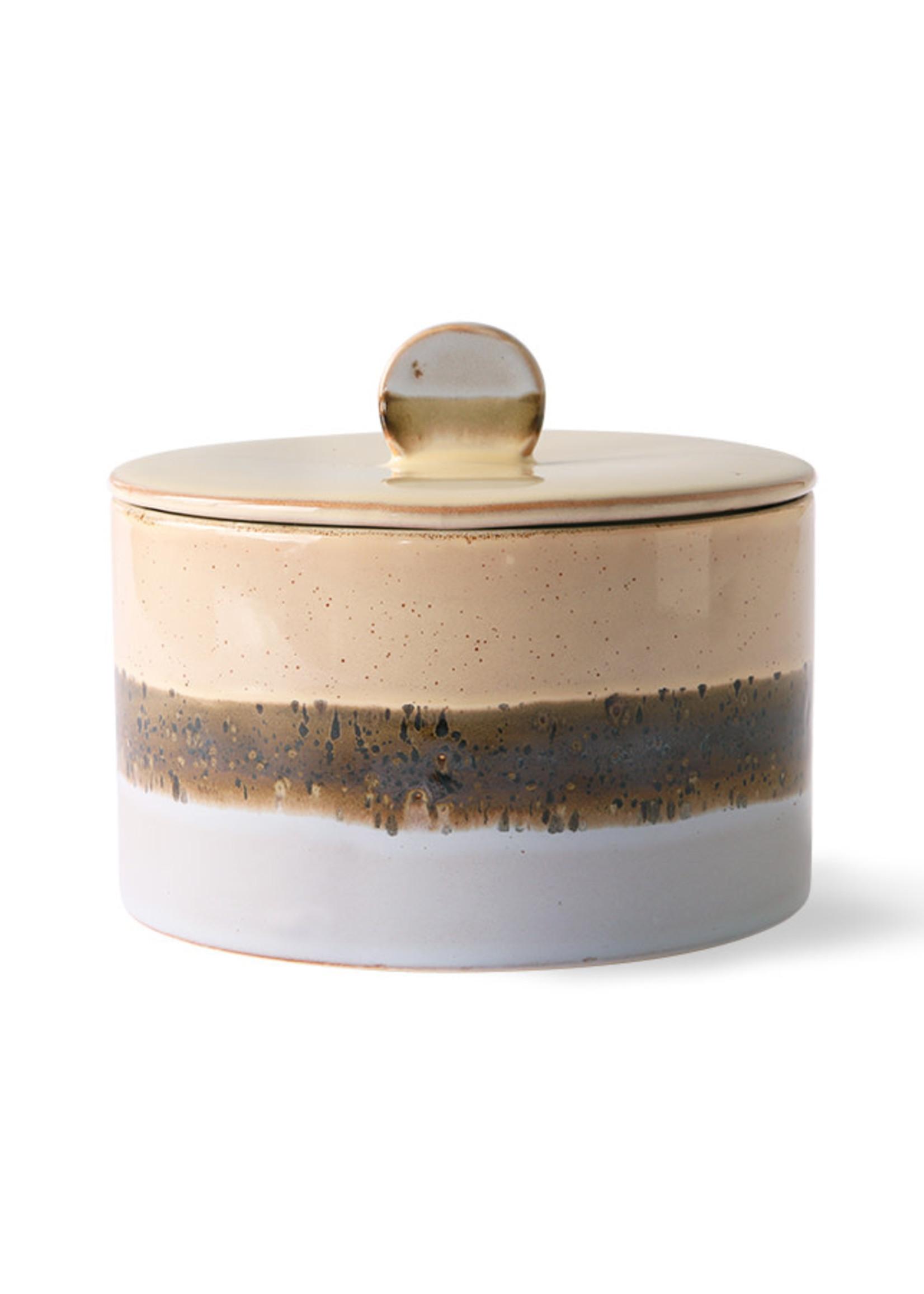 HK living 70s ceramics: cookie jar, lake