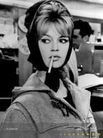 MondiArt Brigitte bardot with cigarette 40/50