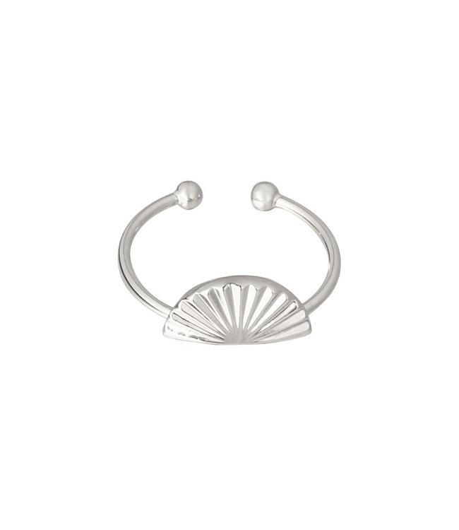 Silver Dawy Ring