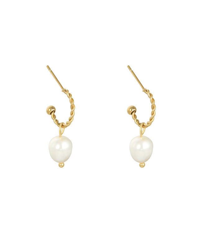 Pearl Party Earrings