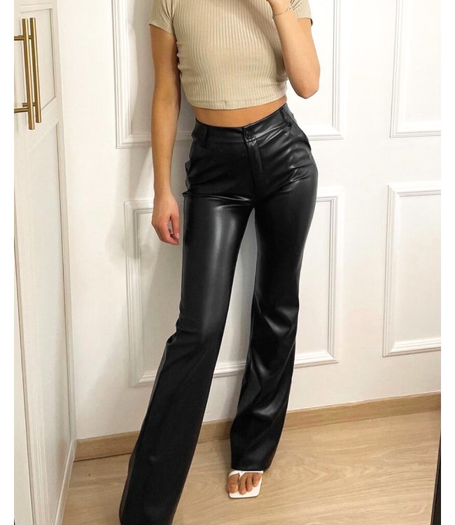 Straight Leg Leather Pants / Black