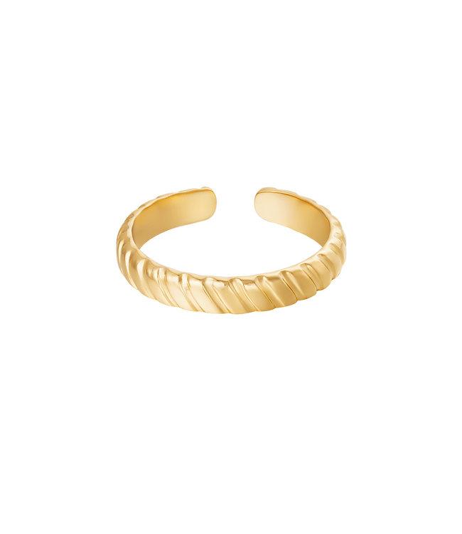 Faya Ring