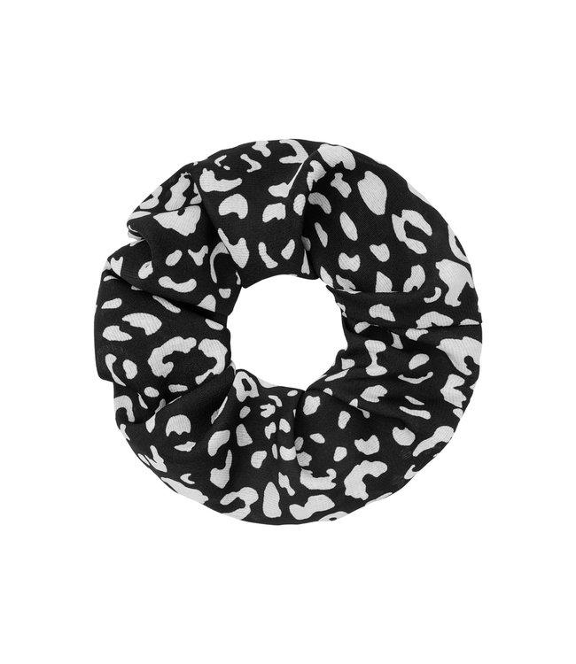 Leopard Pattern Scrunchie / Black