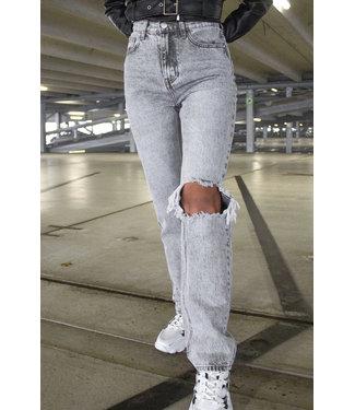 Straight Leg Jeans / Grey
