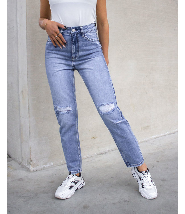 Queen Hearts Mom Jeans