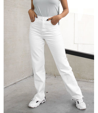 Straight Leg Jeans / White