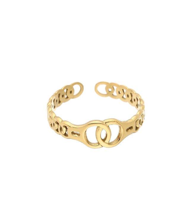 Connecting Circles Ring