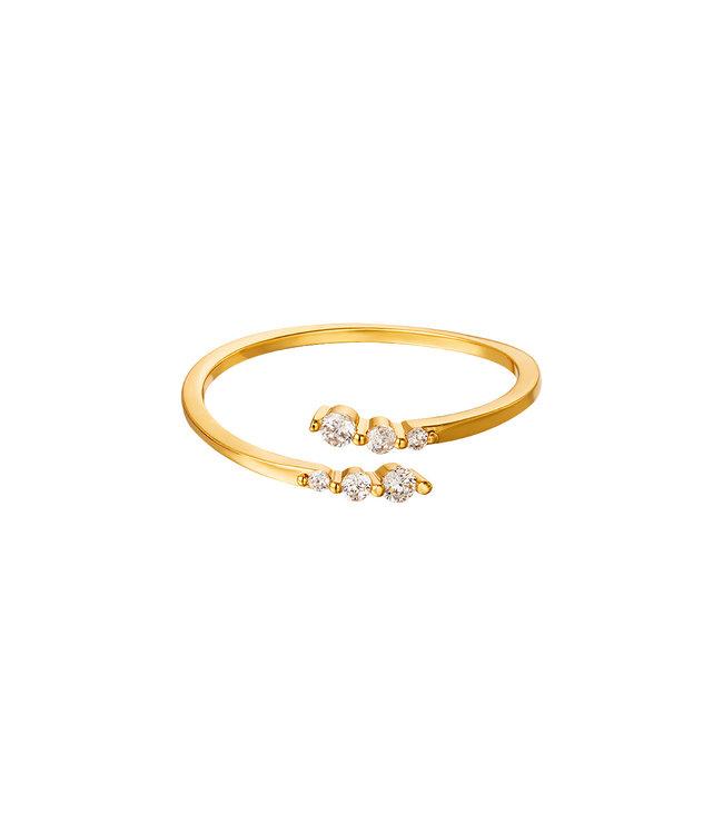 Gold Sparkling Twist Ring