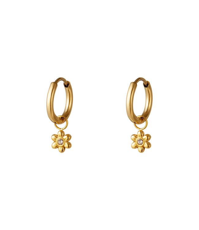 Tiny Flower Earrings