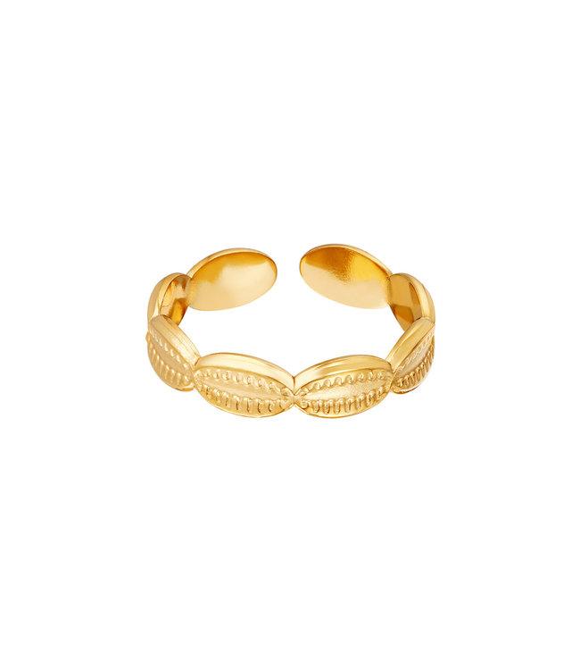 Sea Shells Ring