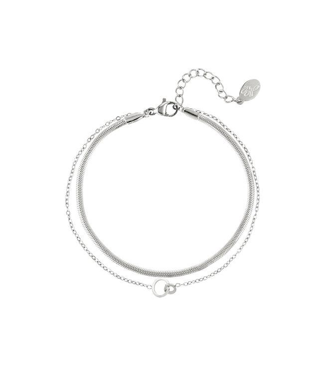 Double Connected Circles Bracelet