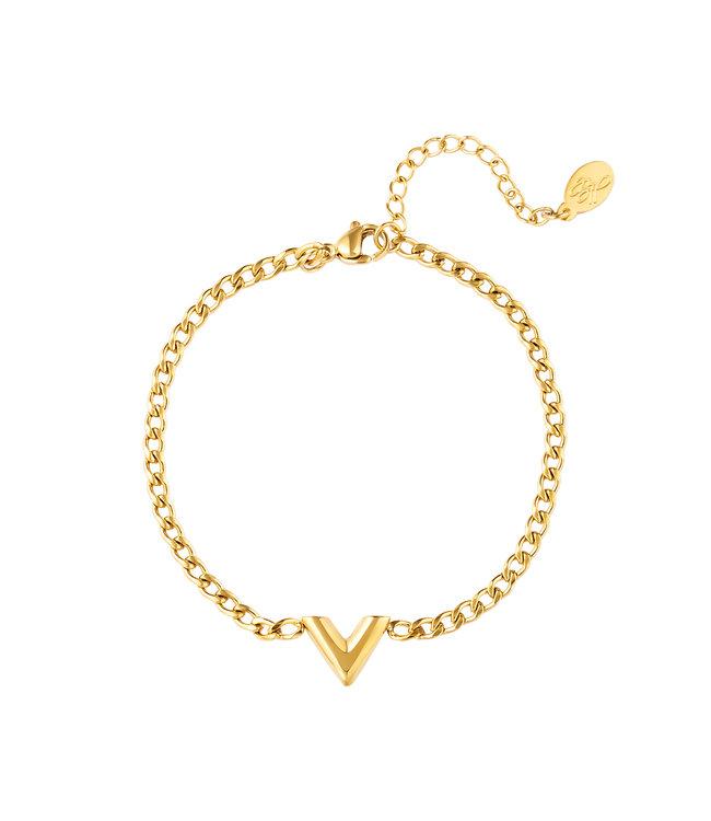 Gold Chained V Bracelet