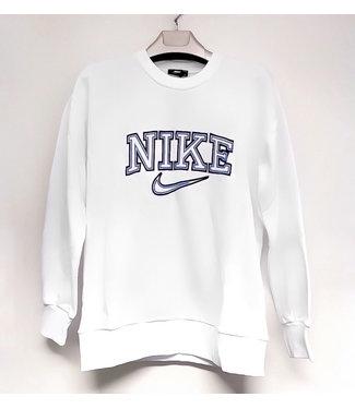 Vintage Sweater / White