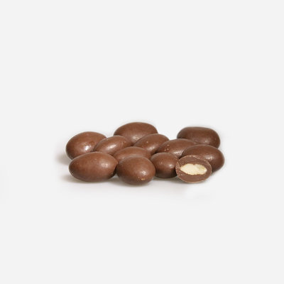 Amandelen* - melkchocolade*