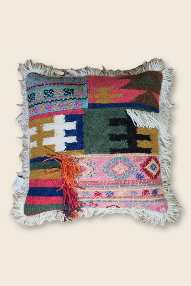 Graphie Sud Kilim cushion