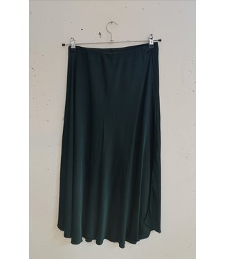 Skirt silk, bottle green