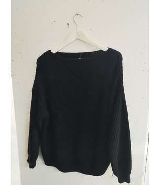 Sweater knitted waves, Black