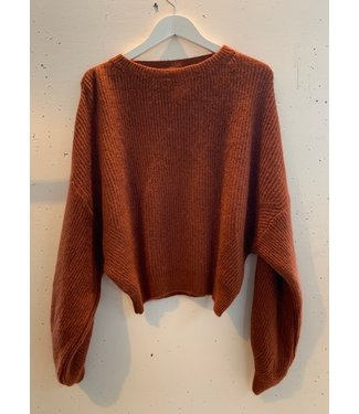 Sweater knitted short wide, Rusty orange