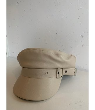 Cap faux leather, Beige