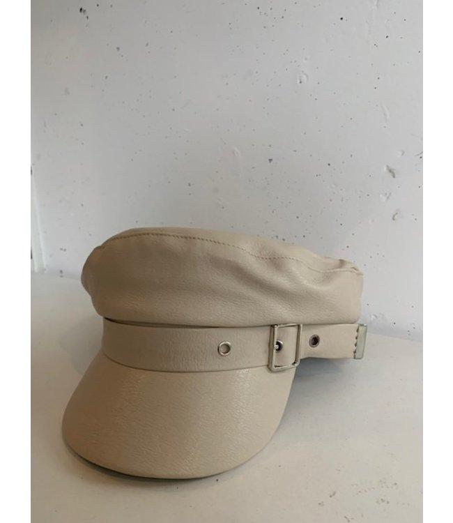 Cap faux leather, Beige