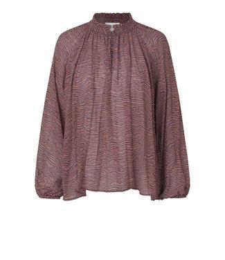 Second female Venezia new blouse, Roan Rouge